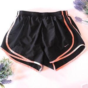 Nike Fitdry Black Peach Shorts Size Medium